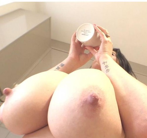 Rachel Aldana – Amazing Tits Diary Day Morning Coffee 1 HD 720p