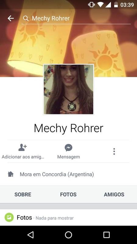 Novinha argentina Mechy Rohrer na suruba anal com dois amigos download