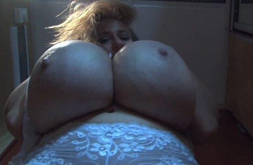 Abbi Secraa – Abbi and Her Enormous Breasts – Screengrabs – 168 Photos