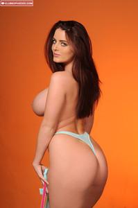 Sophie Dee