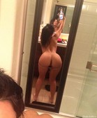 For the selfie lovers with hot girls