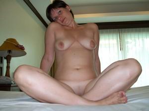 http://img64.imagetwist.com/th/13347/qzz4hwr992nq.jpg