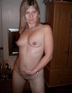 http://img64.imagetwist.com/th/13429/55p64un3vy3u.jpg