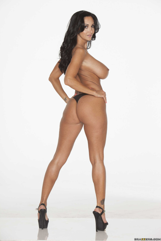 colleen dominguez naked
