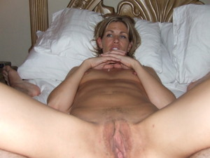 http://img64.imagetwist.com/th/13588/aeafijc4e36w.jpg
