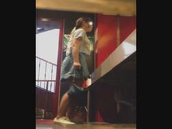 神の手【美人が集まるファッションショッピングセンター洗面所盗撮】ギャルのツルピカ潜入盗撮!Vol.03