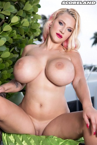 Dolly Fox – Bikini Bustin' America Massive Boobs- Scoreland 1080p