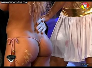 Cinthia Fernandez round ass cheeks in g-string
