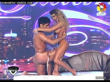 Cinthia Fernandez naked on live TV show
