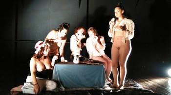 Celebrity Content - Naked On Stage - Page 4 Zirhu0xgkbpn