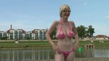 Amerture bikini thread are not