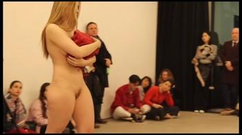 Celebrity Content - Naked On Stage - Page 5 6vzqsavk9irr