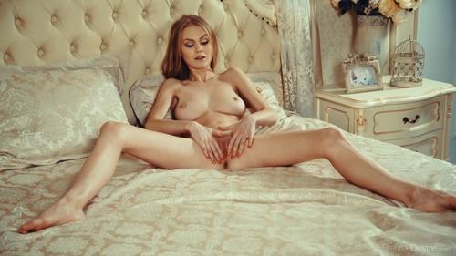 http://img64.imagetwist.com/th/13323/d8eumhulw53r.jpg