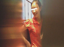 神の手【美人が集まるファッションショッピングセンター洗面所盗撮】ギャルのツルピカ潜入盗撮!Vol.02