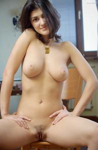 Katerina-Charming-Beauty--g6rnf9xjmq.jpg