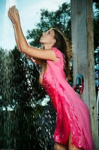 Lizzie Ryan - Wild Shower  06rp92iwpo.jpg