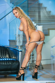 Nicole-Aniston-Brazzers-House-36sjqb5utk.jpg