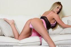 Gisele Frilly Pink  j6rqvx2jyt.jpg
