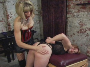 Claire Is Punished In The Dungeon - Part 1 - image2