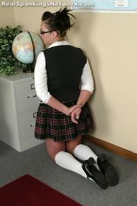 Isabel's OTK Handspanking - image3