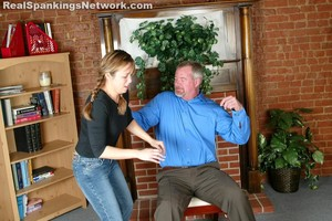 Cindy Smarts Off To Mr. Daniels - image5