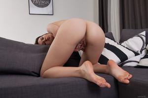 Anata-Stripes-Of-Seduction--u6vd0dar21.jpg