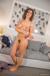 Laura-Aslan-Introducing-Laura-A--16sd97xrve.jpg
