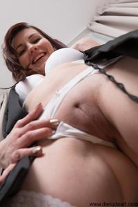 Elena-Vega-Sexy--d6sp36lblz.jpg