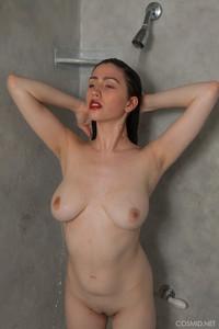 Mary-Jane-Mary-Jane-In-The-Shower--66taqwn7av.jpg