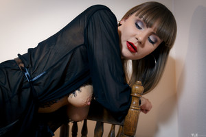 Natalie-Russ-Pump-And-Squirt-1--h6tam0oow4.jpg
