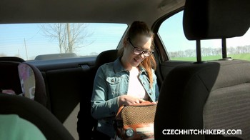 Foxy Sanie CzechHitchhikers